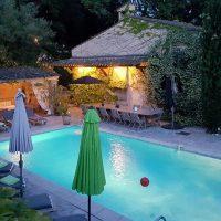 Un juste milieu entre développement personnel et découverte de la Côte d'Azur.